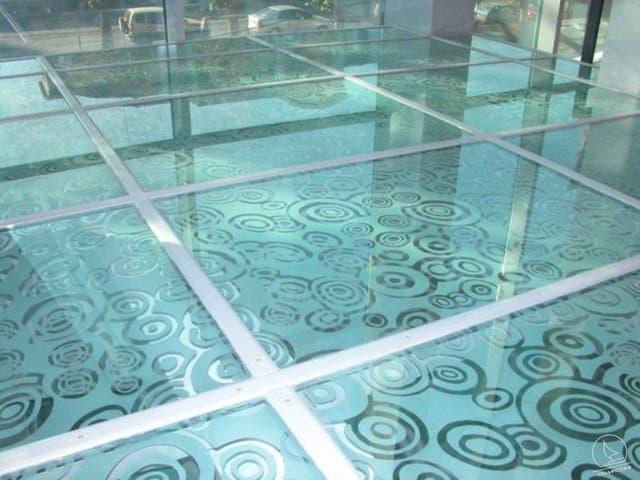 ЛКМ ДЛЯ СТЕКЛА.</br>Эмали для окраски листового стекла, декоративного стекла и изделий из стекла.